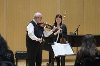 Glenn Dicterow and Lifan Zhu