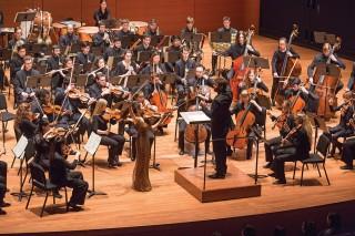Pablo Heras-Casado and the Juilliard Orchestra