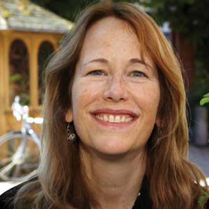 Anne-Marie Reynolds