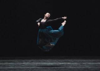Can Wang dances in Nacho Duato's Por Vos Muero